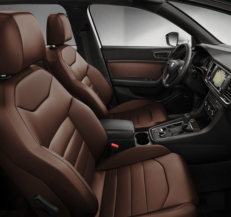 karakteristisk og dynamisk bildesign seat ateca. Black Bedroom Furniture Sets. Home Design Ideas